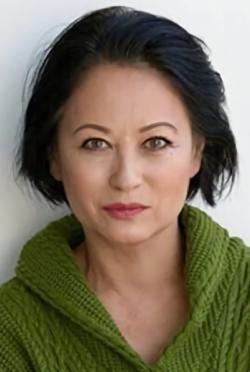 Julia Nickson-演員近照