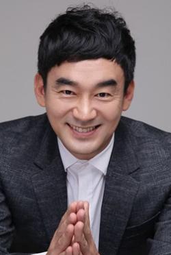 鄭熙泰-演員近照