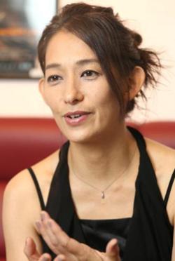 片岡禮子-演員近照