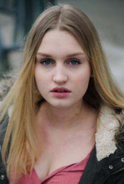 Greta Sophie Schmidt-演員近照