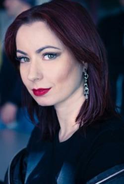 Sylvia Soska-演員近照