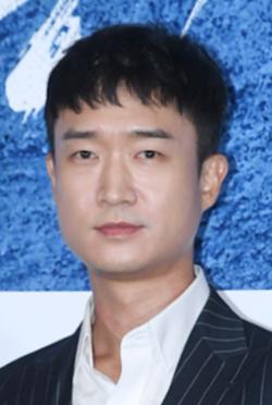 趙宇鎮-演員近照