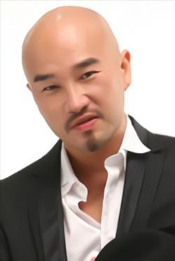 辛龍-演員近照
