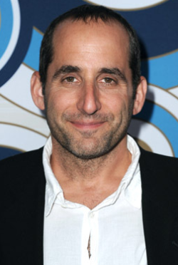 Peter Jacobson-人物近照