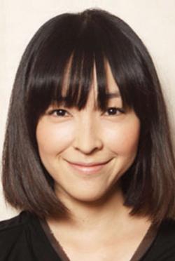 麻生久美子-演員近照