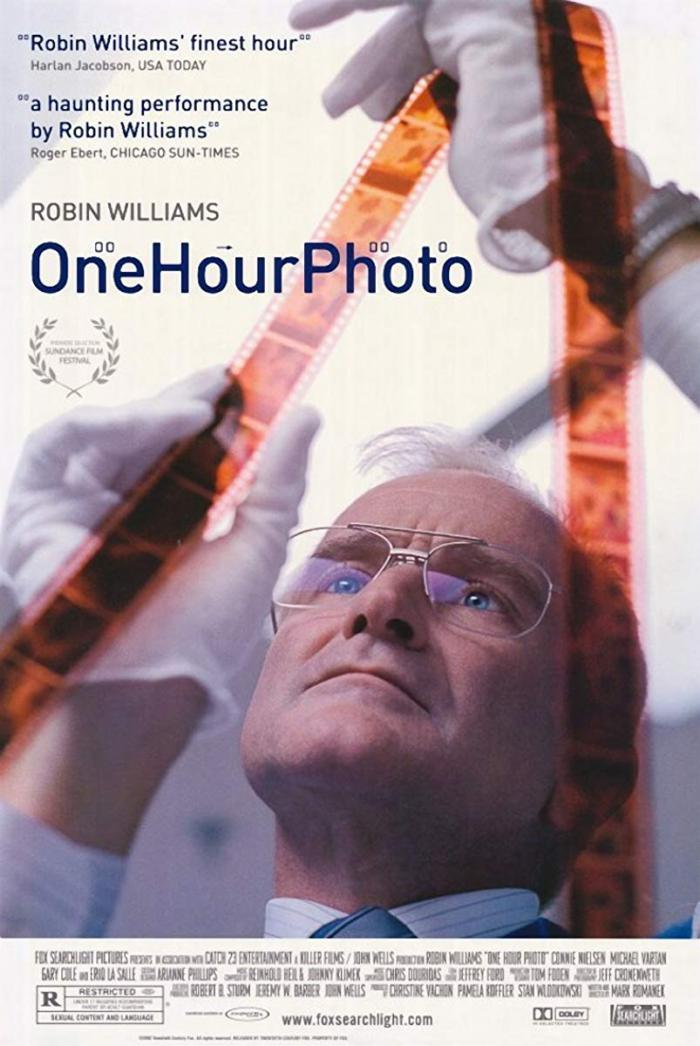 不速之客(2001)_One Hour Photo_電影海報