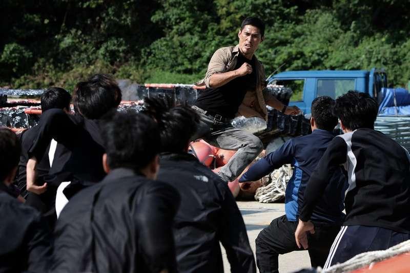 殘酷街頭:暴力實錄_Fist & Furious_電影劇照