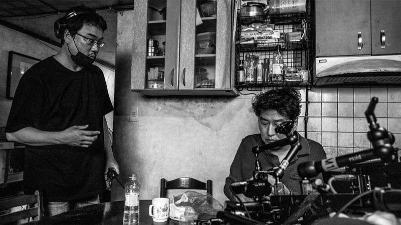 寄生上流:黑白版_Parasite (Black & White)_電影劇照