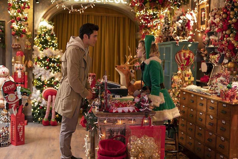 以喬治麥可經典歌曲為靈感,聖誕節暖心戀愛電影《去年聖誕節》(Last Christmas) 即將在台上映。